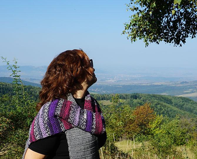 Дълъг шал с ресни в лилаво и сиво-3