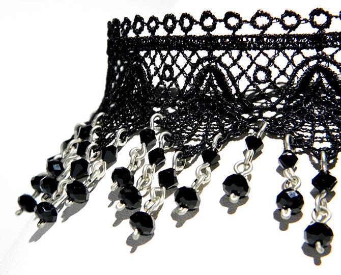 Колие Black lace